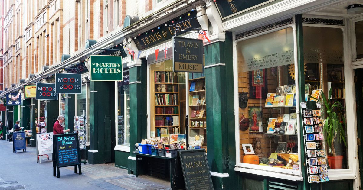 dc2ba722d 11 Souvenirs You Should Buy in London, According to Locals