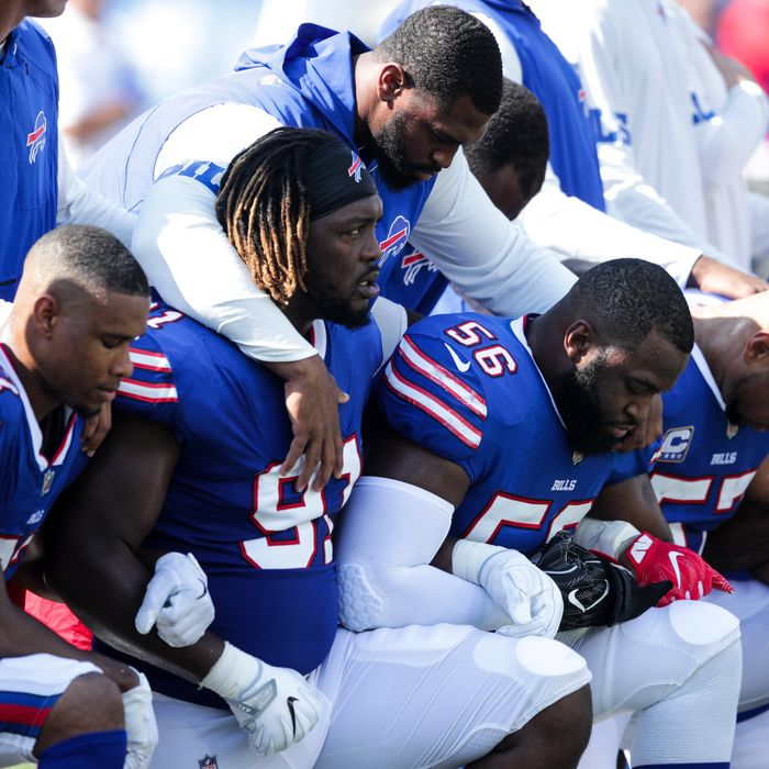 More Than 100 NFL Players Protest During National Anthem After Trump Attacks 2e043a438