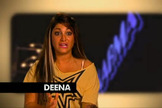 It finally hit me, what Deena looks like with this hair: JWOWW from the opening credits!