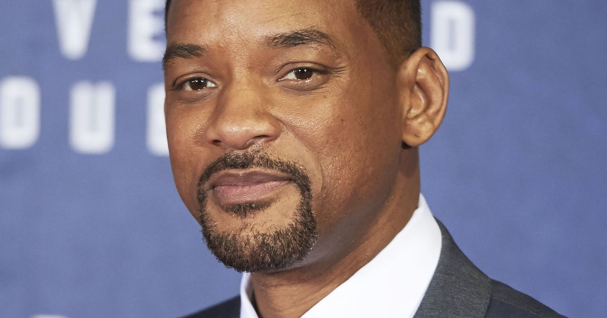 will smith s ali review Actor will smith and former heavyweight world champion lennox lewis have   despite scathing reviews, netflix greenlights bright sequel.