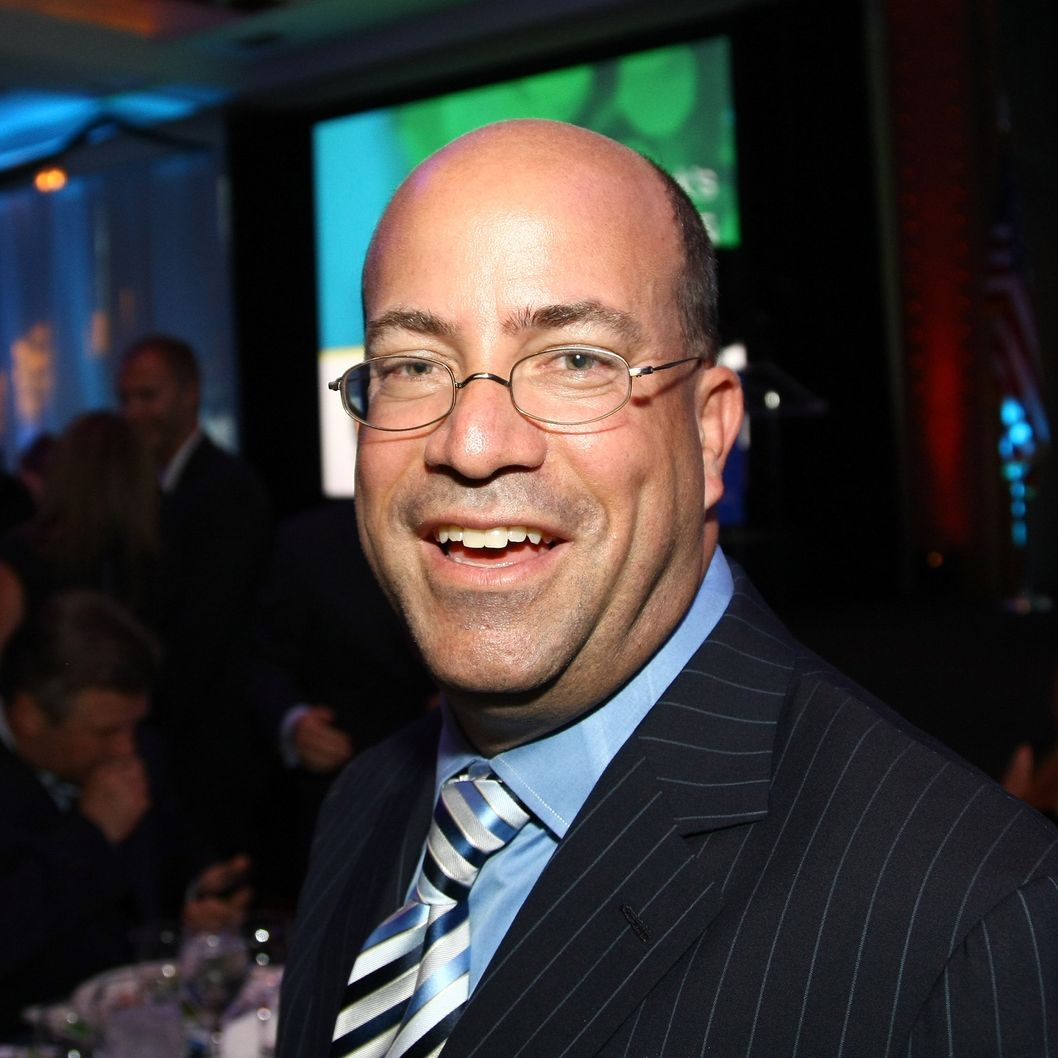NEW YORK - JUNE 09:  Honoree, President and CEO of NBC Universal, Jeff Zucker attends the UJA-Federation of New York's 2009 Leadership Awards Dinner at Pier Sixty at Chelsea Piers on June 9, 2009 in New York City.  (Photo by Neilson Barnard/Getty Images) *** Local Caption *** Jeff Zucker