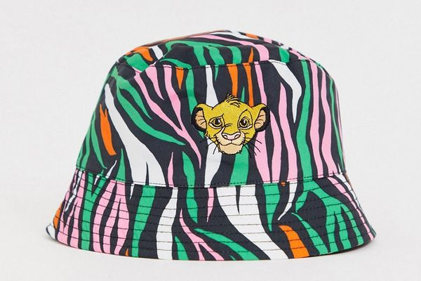Disney The Lion King x ASOS DESIGN Bucket Hat with Simba Embroidery