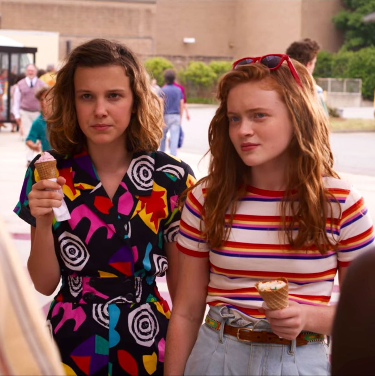 Stranger Things 3 All About Millie Bobby Brown S Costumes