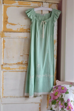 Ladies Green Nightdress