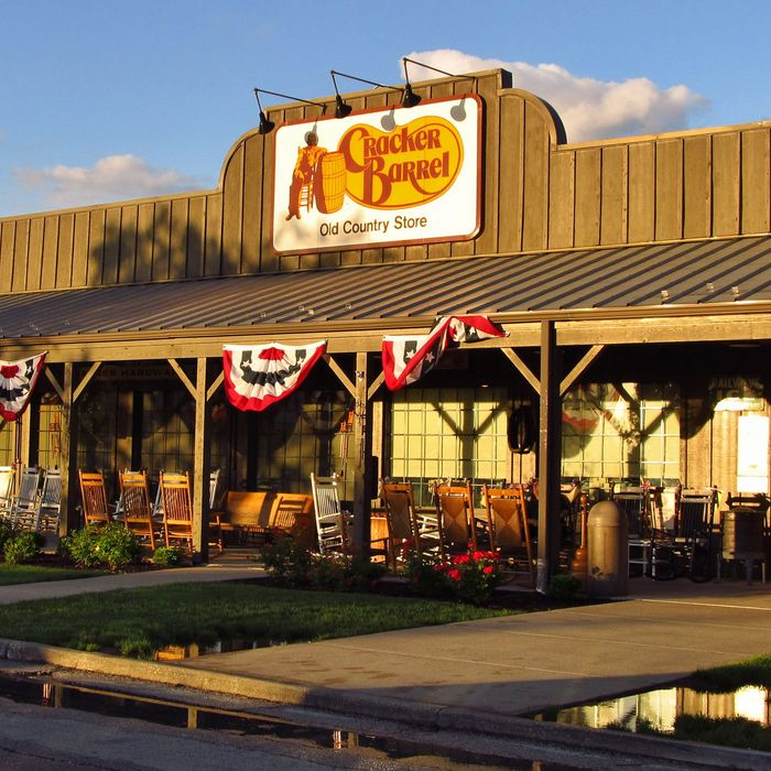 Now Cracker Barrel Is Working On A 'Fast-Casual' Concept, Too