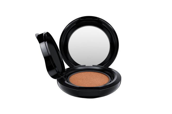 MAC's Matchmaster Shade Intelligence Compact