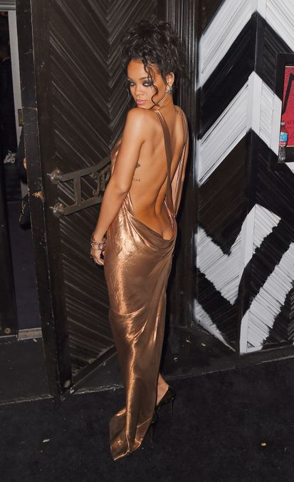 """Photo 22 from Rihanna's """"Butt Cleavage"""" Dress"""