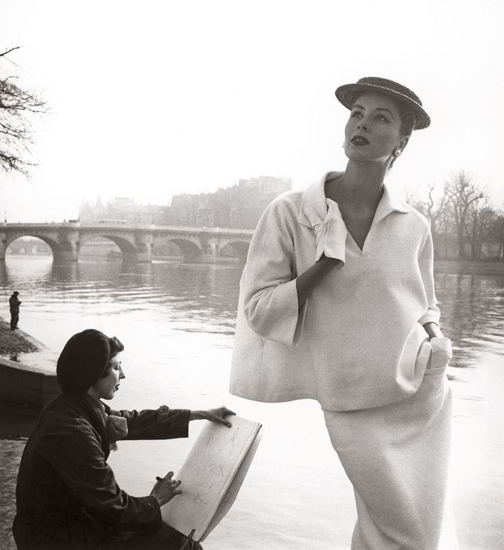 <i>Suzy Parker by the Seine, costume by Balenciaga, Paris.</i>