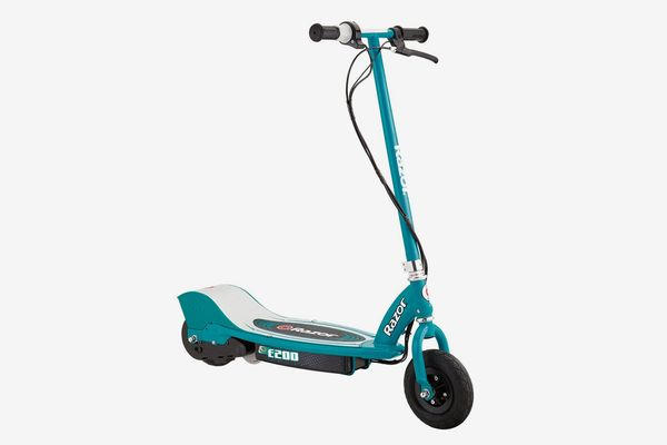 Razor E200 Electric Scooter-Top Speed 12 mph