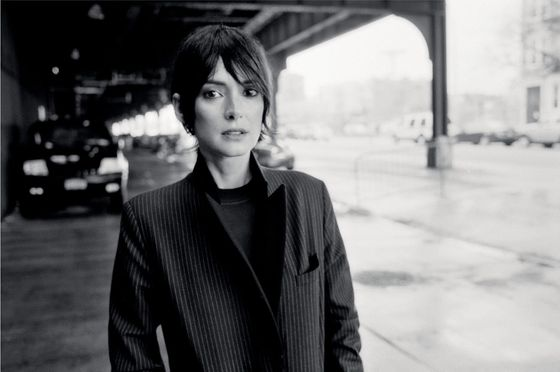 <b>Model:</b> Winona Ryder <b>Photographer:</b> Glen Luchford