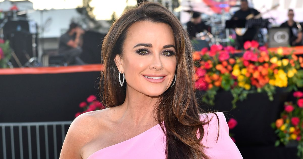 The Bees Have Come for Kyle Richards - Vulture