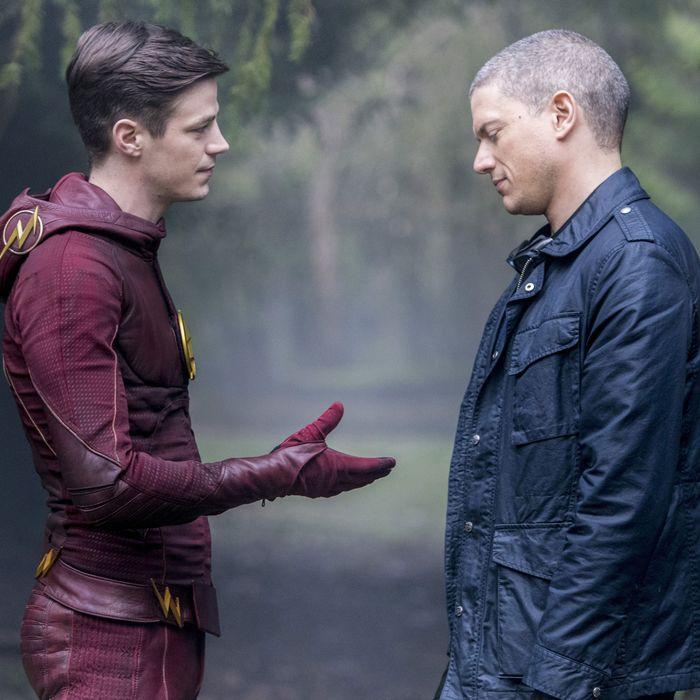 The Flash Recap Season 2 Episode 22 Infantino Street