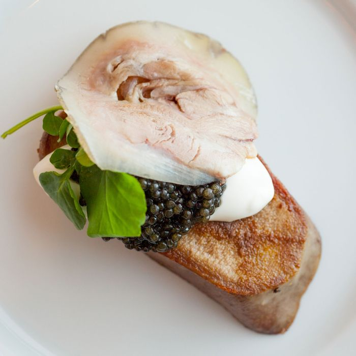 Langue de veau au caviar Américain: veal tongue, American white sturgeon caviar, crème fraîche.