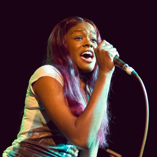 LONDON, UNITED KINGDOM - NOVEMBER 06: Azealia Banks performs on stage at Hoxton Bar on November 6, 2011 in London, United Kingdom. (Photo by Robin Little/Redferns)