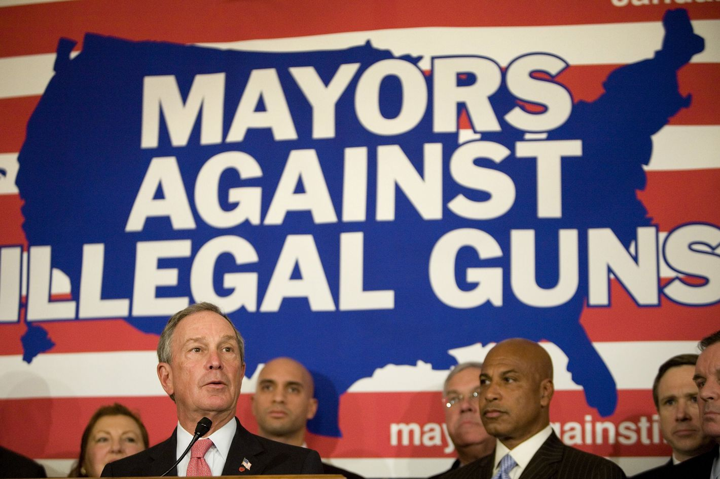 New York City Mayor Michael Bloomberg  (L) speaks during a news conference on Capitol Hill January 23, 2007 in Washington, DC.  Mayors from 52 cities around the United States and members of Congress joined together for a conference on crime and guns.