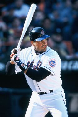 14 Apr 2002, Queens, New York City, New York State, USA --- New York Mets catcher Mike Piazza at bat during a game against the Pittsburgh Pirates at Shea Stadium. --- Image by © Duomo/CORBIS