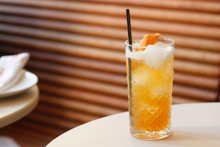 Déjà Raconté: peach-rooibos-tea-infused bourbon, lemon, and orange bitters.