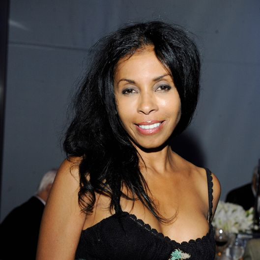 LOS ANGELES, CA - MAY 02: Khandi Alexander attends A Magical Night of Hope at Skirball Cultural Center on May 2, 2013 in Los Angeles, California. (Photo by Amy Graves/WireImage)