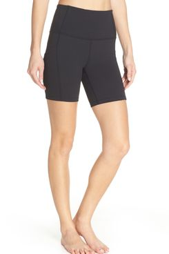 Zella Live In High-Waist Pocket Bike Shorts