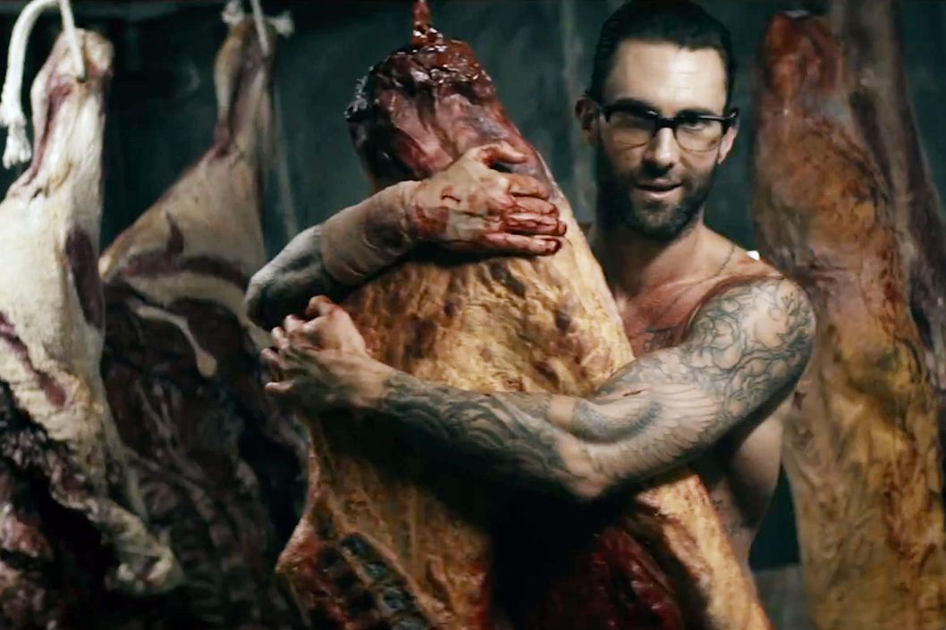 the dumbest gifs from adam levine�s new video the cut