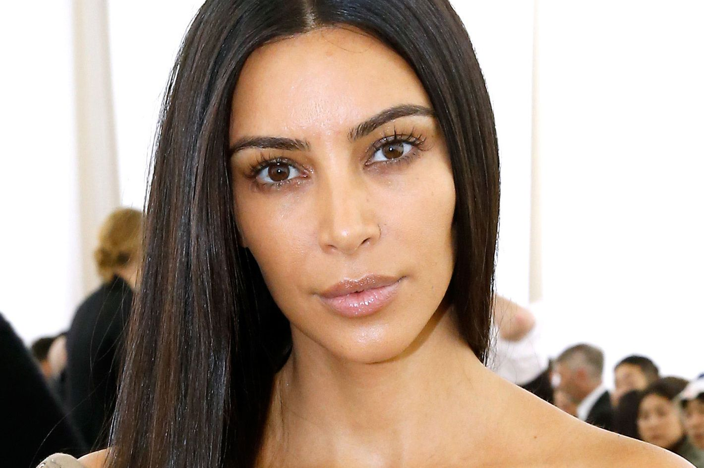 Kim Kardashian Went to a Fashion Show Without Any Makeup