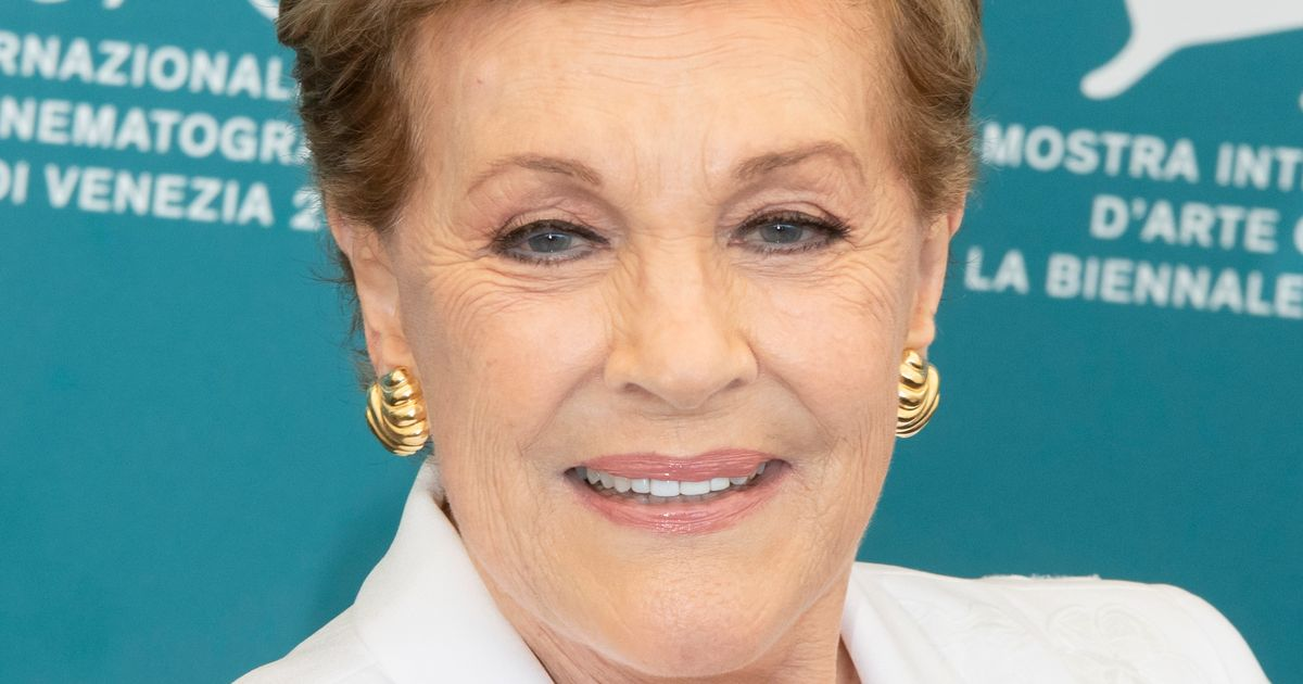 Julie Andrews Receives AFI Life Achievement Award, Obviously