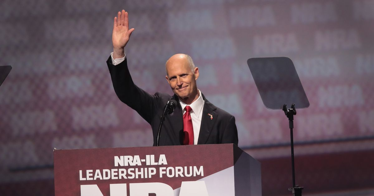 Top GOP Donor Cuts Off Opponents of Assault Weapon Ban