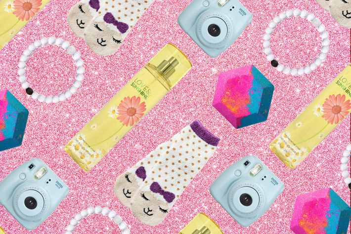 The Best Holiday Gifts for a 10-Year-Old Girl