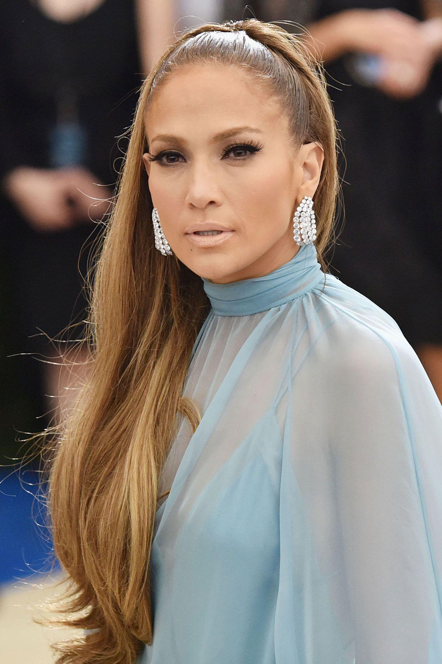 Jennifer Lopez The Best And Least Interesting Met Gala Beauty