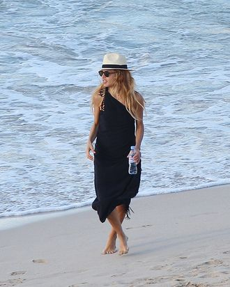 Rachel Zoe, luggage-less in St. Barts.