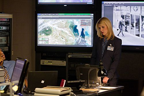 Claire Danes as Carrie Mathison in Homeland (episode 4) - Photo: Kent Smith/SHOWTIME - Photo ID: homeland_103_1036