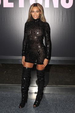 "NEW YORK, NY - DECEMBER 21:  Entertainer Beyonce attends a release party and screening for her new self-titled album ""Beyonce"" at the School of Visual Arts Theater on December 21, 2013 in New York City.  (Photo by Kevin Mazur/WireImage)"