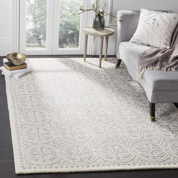 Safavieh Cambridge Collection Handcrafted Moroccan Premium Wool Area Rug (6' x 9')