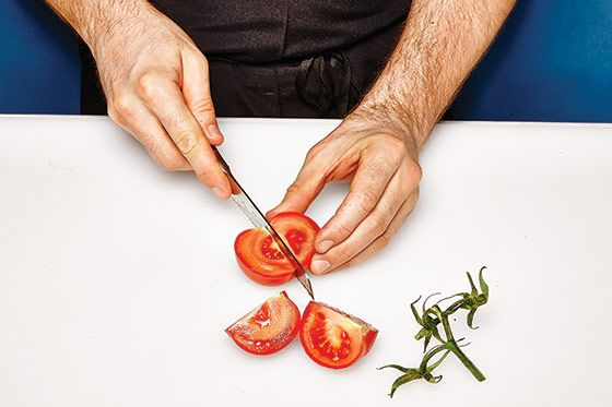 http://pixel.nymag.com/imgs/daily/grub/2014/05/29/magazine/knife-demonstration/11.jpg