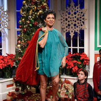 maya rudolph will play the mom in foxs live a christmas story musical - A Christmas Story Musical