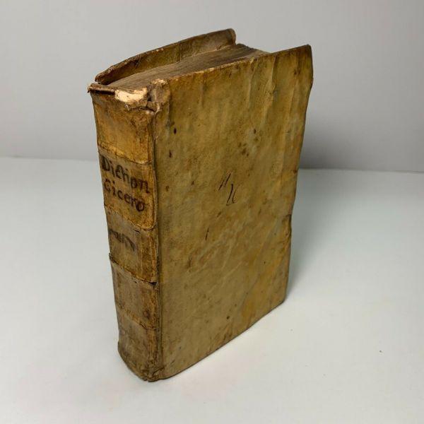 1714 Dictionarium Ciceronianum