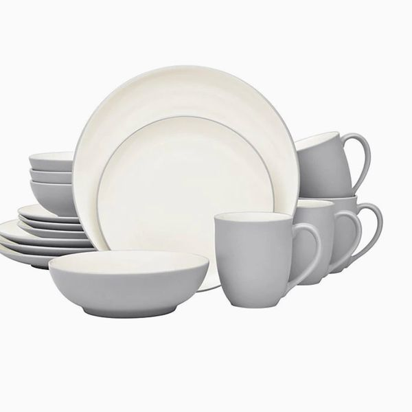 Colorwave Coupe 16-Piece Dinnerware Set