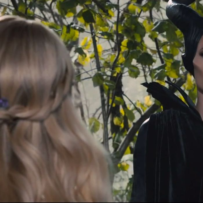 Sleeping Beauty S Micro Nap And 5 Other Issues With Maleficent