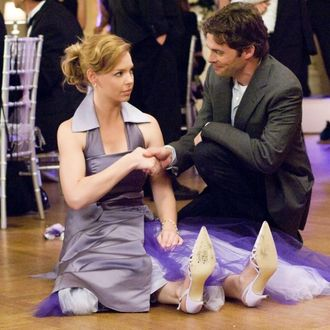 Katherine Heigl and James Marsden in 27 Dresses