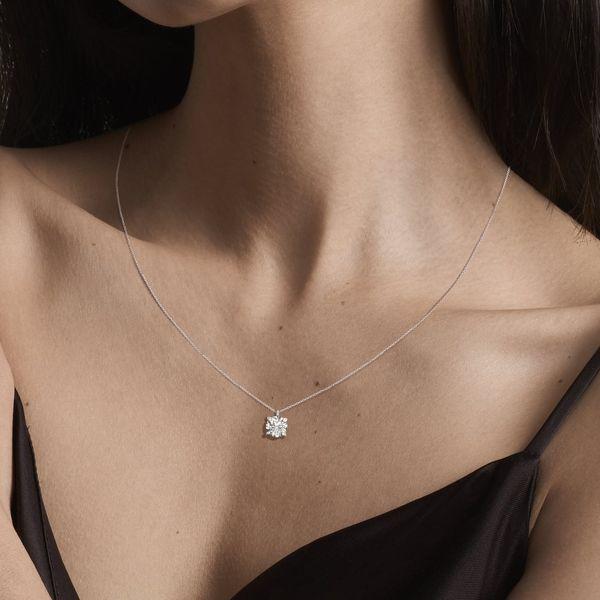 Verlas Essential Round Necklace
