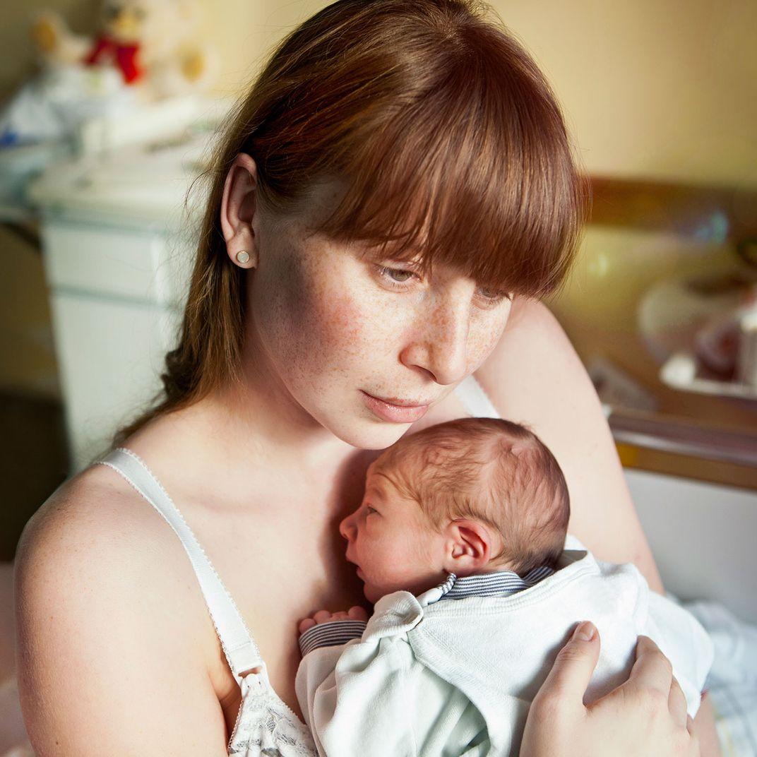 Фото 7 дневного ребенка