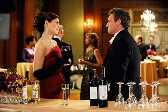 """Death of a Client""--Alicia (Julianna Margulies) runs into Mike Kresteva (Matthew Perry), Peter's political rival, on THE GOOD WIFE, Sunday March 24 (9:00-10:00 PM, ET/PT) on the CBS Television Network."