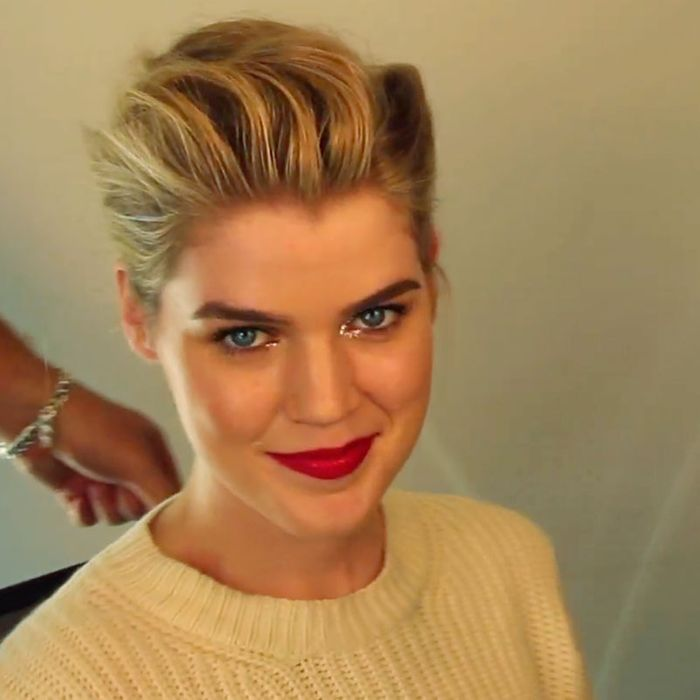 Gif Tutorial How To Do A Mad Men Inspired Holiday Updo