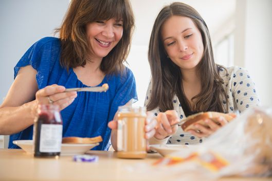How parents can help prevent both obesity and eating disorders in teens