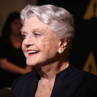 Angela Lansbury Will Be In Mary Poppins Returns
