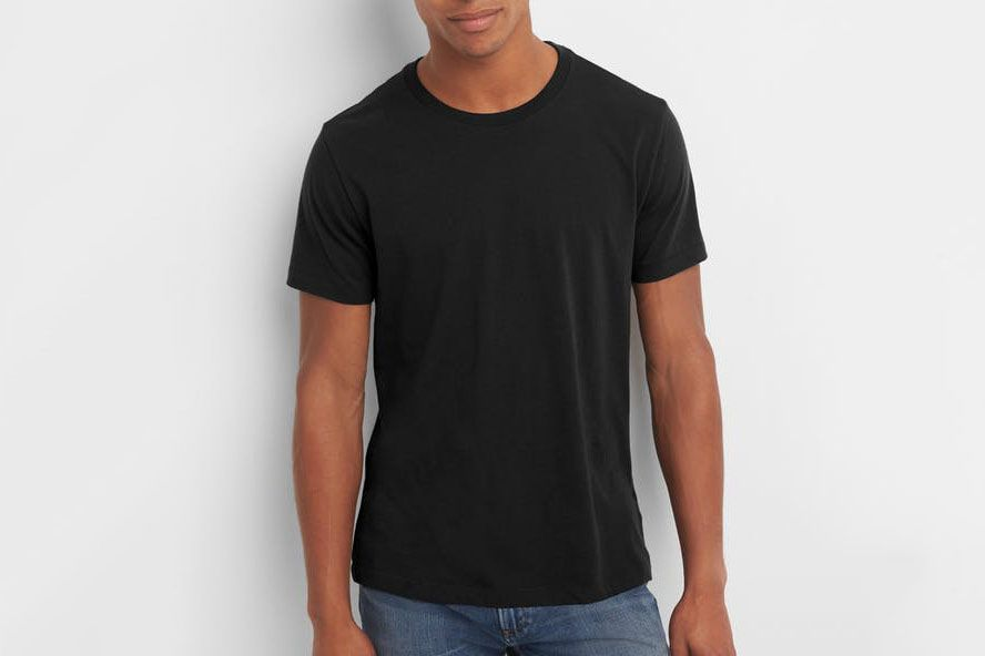 Gap Men s Essential Short Sleeve Crewneck T-shirt