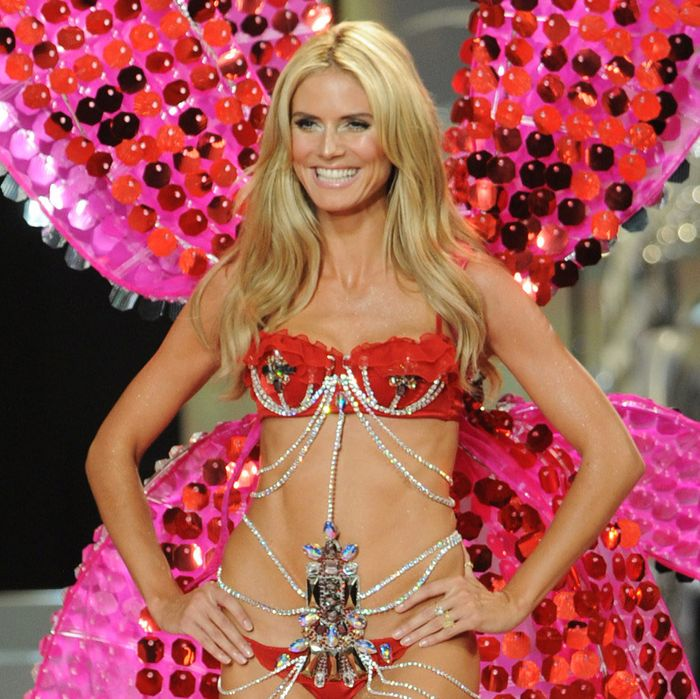 Honorary doctorate in underwear-wearing Heidi Klum.