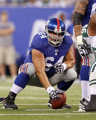EAST RUTHERFORD, NJ - AUGUST 29: David Baas #64 of the New York Giants in action against the New York Jets during their pre season game on August 29, 2011 at MetLife Stadium in East Rutherford, New Jersey. (Photo by Jim McIsaac/Getty Images)