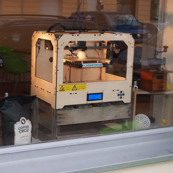 The Coffee Shop of the Future Offers 3-D Printing