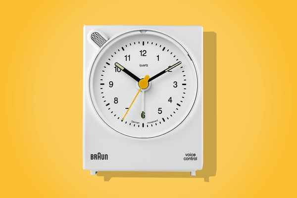 Braun Classic Analog Quartz Alarm Clock